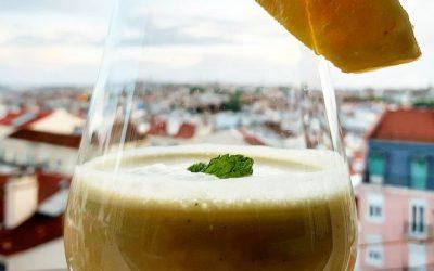 Pina Colada feita Oh k!Kombucha Pure Chá verde+Jasmin